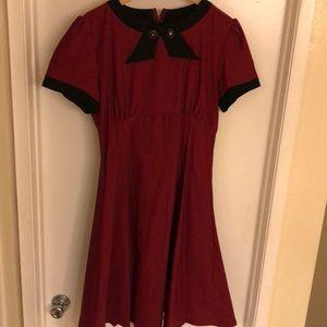 Dresses & Skirts - 50's style collar swing  dress